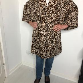 PIECES kimono