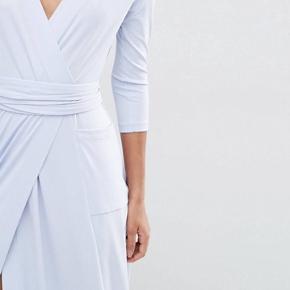 Den smukkeste kjole fra asos. Brugt én gang.