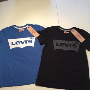 Nye Levis T-shirt str.10 år. 135 kr stk.