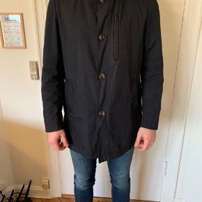 Str. 56 Ingen fejl/skader på jakken Sælges pga vægttab