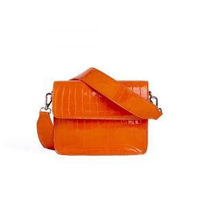 Ny orange hvisk taske. Fejler intet. Er så fin.