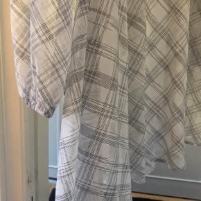 Résumé kjole eller nederdel