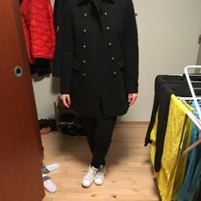 Lækker uldfrakke fra vero moda, brugt en gang 😊 Giver mængderabat 🙌  BYD! 😊  Søgeord: #frakke #uld #uldfrakke #coat #jakke