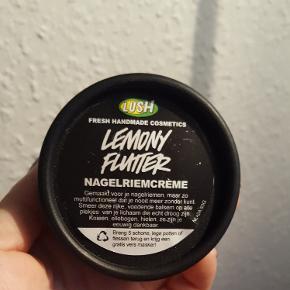 Lush neglebåndscreme Lemon Flutter - købt i Holland i august