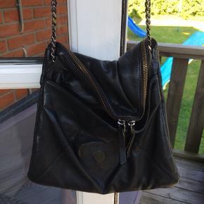 26x22 cm Lædertaske  Ægte læder