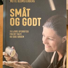 """""""Småt og godt"""" - kogebog af Mette blomsterberg  Aldrig brugt  BYD"""