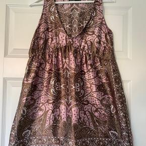Vero Cuoio kjole
