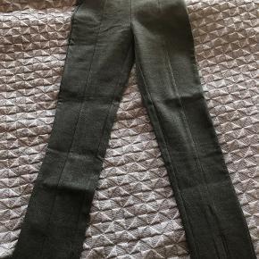 Sofie Schnoor bukser