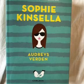 Audreys verden af Sophie Kinsella fra 2015.  Sender gerne men køber betaler fragt. Sender desuden kun gennem Trendsales.  Alle priser er eksklusiv fragt.