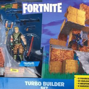 Sælger de to pakker Fortnite figurer  Pris 250 kr pr pakke, eller tag begge for 450 kr  Nypris 900 i butikkerne nu! Spar halv pris!!