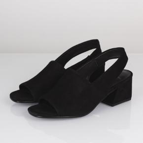"""Helt nye """"Elena"""" sandaler fra vagabond sælges. Fejlkøb - men æsken er blevet smidt ud, så de kan ikke returneres. Nypris 750,-"""