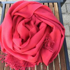 Black Lily tørklæde