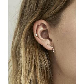 Trine Tuxen, Yellow Topaz Opal stud øreringe 🌝 Sterling sølv, guldbelagt med 14 karat guld. Nypris: 700,- pr styk. Sælges som par 💛