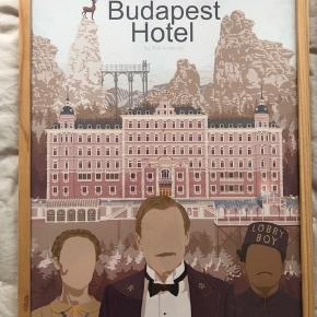 Fineste alternative filmplakater købt på Etsy.   De er alle i A3-størrelse. Sælges inkl. rammen. Pris per styk: 100 kr. Pris for alle tre: 250 kr.