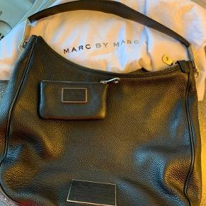 Fed Marc Jacobs taske og lille pung  Dustbag medfølger