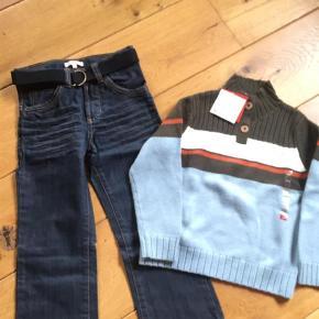 Brand: Bluezoo Varetype: Jeans Farve: Mørkeblå Kvittering haves.  Kun jeans til salg. De er købt i Magasin. Sælges for 50+, sender med DAO via mobilepay.