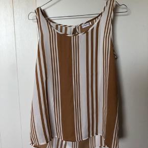 Sælger denne fine bluse - meget pæn stand