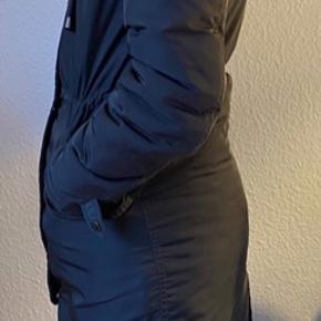 Mærke: mbyM Størrelse: M Nypris: 1500 Min pris 500  Købt sidste efterår/vinter