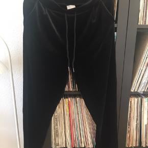 Velvet bukser