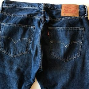 501 Levis jeans i 32/32, nye uden prismærke