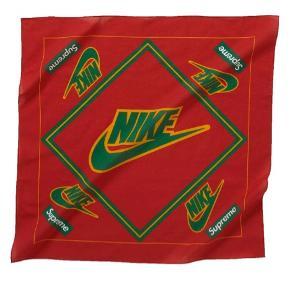 Supreme. Stadig i indpakning. Drop i slut november med Nike