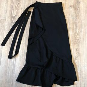 Neo Noir, Mika Solid nederdel i sort