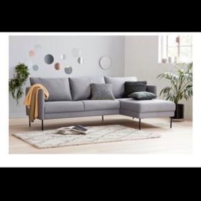 Købte den her for et par måneder siden, men har desværre ikke plads mere så sælger min lækre sofa   Er villig til at forhandle