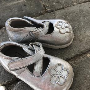 Name it andre sko til piger