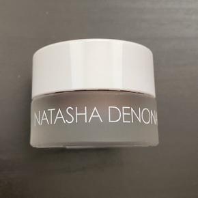Natasha Denona Chroma Crystal Topcoat i farven Grey Brown. Brugt en gang.  FAST PRIS: 120 kr. + porto