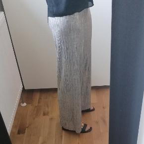 Karmamia Bukser
