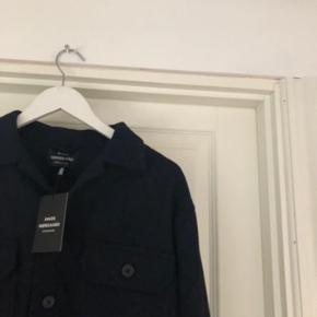 Mads Nørgaard jakke/overshirt sælges. Den er ikke lige mig alligevel. Nypris 1300. BYD