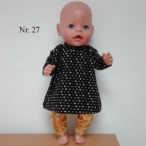 76aec212845 Brand: Sort kjole med hjerter og guld leggings Varetype: Nyt dukketøj eget  design Størrelse