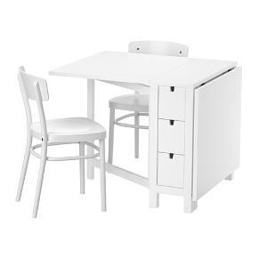 Super smart IKEA Norden spisebord sælges. Bordet er i fin stand, men har en mindre ridse i bordpladen. Bordet er sammenklappeligt. Mål: 26/89/152x80 cm. Byd gerne