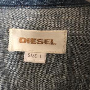 Denim shirt fra diesel.