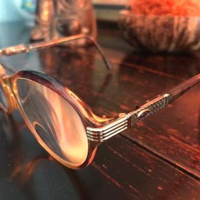 Glasses, retro, very cool