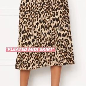 Sandra willer x bubbleroom leopard nederdel