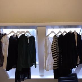 Samlet pakke med 10 stykker tøj - blandt andet Day Birger og munthe.  sælges samlet for 200kr