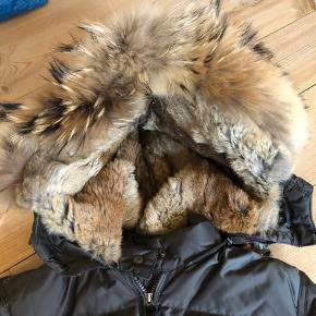 Fin jakke - ikke brugt meget. Bytter ikke
