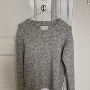 Perfekt vinter sweater fra samsøe samsøe💫   Velkommen til at byde😊