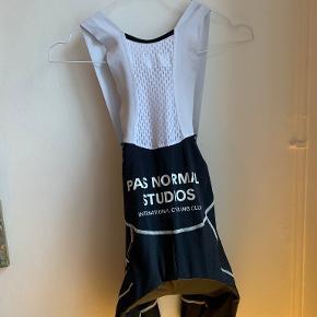 Pas Normal Studios shorts