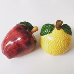 Salt-og pebersæt - flot vintage stand. Peberfrugt og citron.