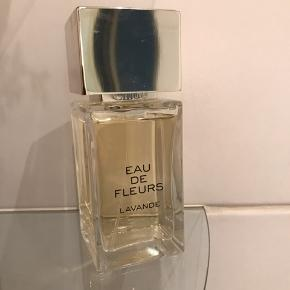 Chloe Eau de Fleurs Lavande 100 ml Limited Edition og udgået fantastisk duft der er brugt ganske lidt 500 pp