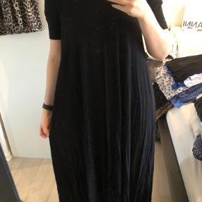 Maxi kjole sælges🌸