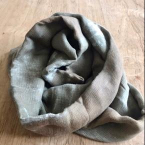 Lækkert tørklæde fra Faliero Sarti - ultra blødt, Micromodal og Cashmere Farve: Grå,    Koksgrå,    Beige,    Bronze,    Råhvid
