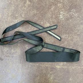 Læderbælte med bindebånd 🌷