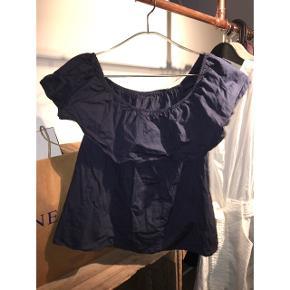 Off Shoulder bluse Fitter s/m Mørkeblå med frynser
