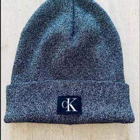 Calvin Klein Hat & hue