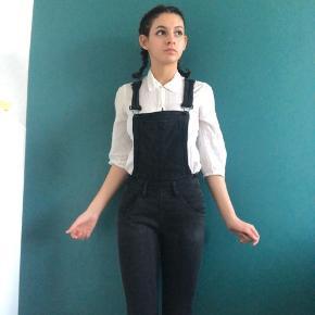 Cute overalls in black denim