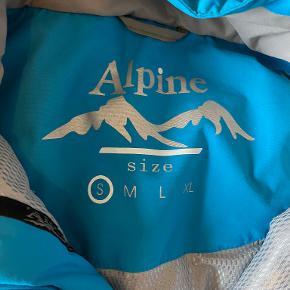 Alpine skijakke - brugt få gange. Priside: 200,-