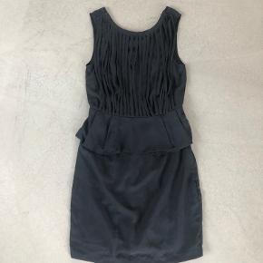 Very by Vero Moda kjole